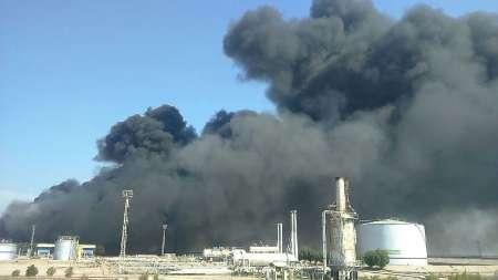 آتش سوزی در واحد نمکزدایی شماره 2 شرکت نفت و گاز کارون اهواز