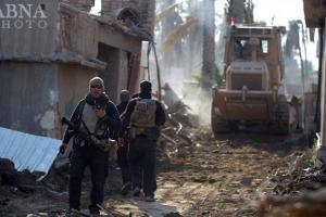 بیرون راندن داعش از رمادی + عکس