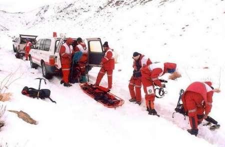امداد هوایی، راه نجات هشت گرفتارشده در برف رودبار گیلان