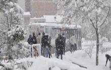 برف و سرما برخی مدارس گرمی مغان را تعطیل کرد