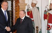 بحرانهای خاورمیانه؛ محور دیدار لاوروف با مقامات الجزایر