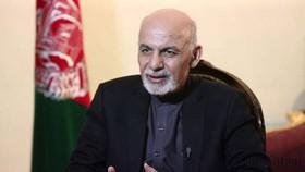اشرف غنی: طالبان بین صلح و جنگ انتخاب کند