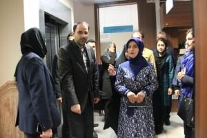 بازدید همسر نخست وزیر ترکیه از دانشکده طب سنتی (+تصاویر)