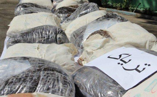 هزار کیلوگرم مواد افيونی در جنوب سيستان و بلوچستان کشف شد