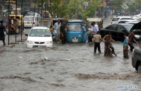 باران شدید در پاکستان بیش از 20 قربانی گرفت
