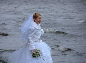 پاداش مردان خارجی برای ازدواج با دختران روس!