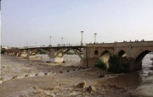 سیل به پل 1700 ساله دزفول آسیب زد