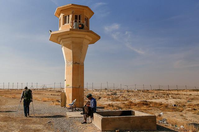 جهت بررسی روند خدمترسانی به زائران     هیئتی از کمیسیون امنیت ملی از مرز مهران بازدید کردند