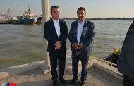 سفر سفیر عمان به استان خوزستان، گامی در مسیر توسعه روابط تجاری ایران و عمان