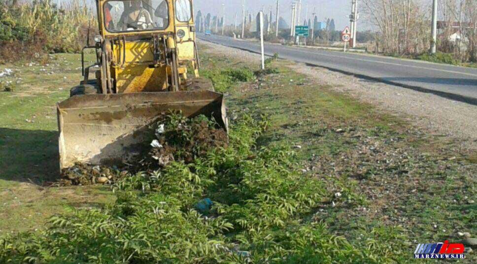 پاكسازي 2020 كيلومتر از حريم راه هاي مازندران ظرف 40 روز