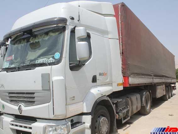 تریلی حامل کالای قاچاق در بوشهر توقیف شد