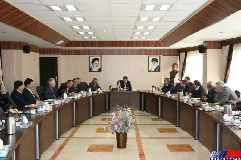 مسائل و مشکلات کارخانجات قند آذربایجان غربی مورد بررسی قرار گرفت