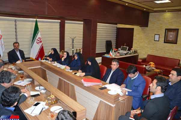 پیگیری وصول مطالبات معوقه را در دستور كار مدیران شهرداری قرار داد .