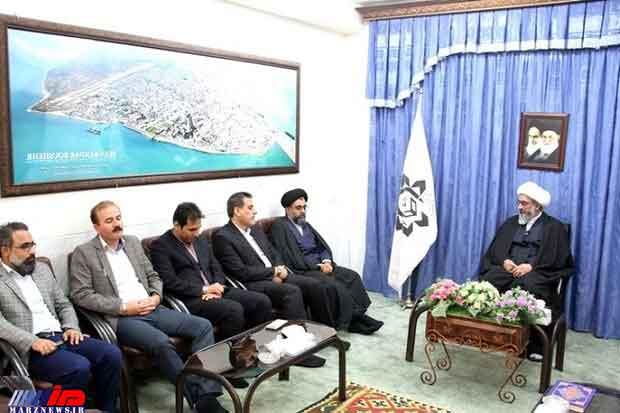 کوتاهنظری و کوچکبینی در استان بوشهر بسیار زیاد دیده میشود