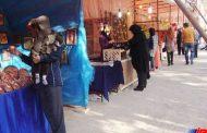 استقبال گسترده مسافران نوروزی از بازارچه صنایع دستی شیروان
