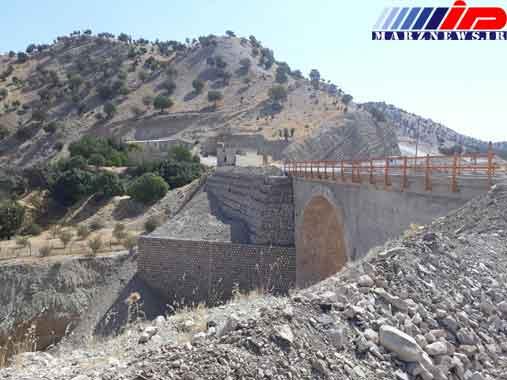 تعمیر و بهسازی 100 دهنه پل بزرگ و کوچک در محور های مواصلاتی استان ایلام