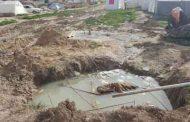 مشکل فاضلاب و زباله در مناطق زلزله زده کرمانشاه جدی است