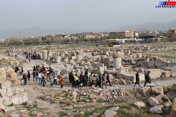 14 هزار مسافر نوروزی از مناطق تاریخی کنگاور بازدید کردند
