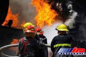 آتشسوزی کارگاه و انبار کفش در مشهد