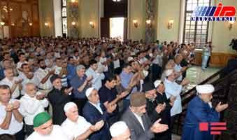 نماز عید فطر در مساجد جمهوری آذربایجان اقامه شد