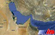 روزنامه سعودی: بستن تنگه هرمز بازارهای جهانی را نابود می کند/ ایران جانوری است که باید از گرسنگی بمیرد!