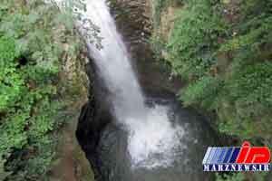 آبشار «میه کومه» ظرفیت مغفول گردشگری در شهرستان آستارا