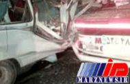 تصادف سرویس کارگران با کامیون درمحور بم ـ زاهدان