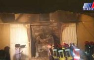 آتش سوزی در یک انبار نگهداری روغن موتور در اهواز