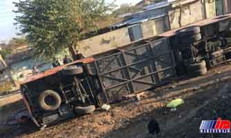 واژگونی اتوبوس در شرق گلستان ۳۲ مصدوم برجای گذاشت