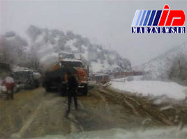 بارش ۷۰سانتیمتر برف در مسیر دزلی به هورامان