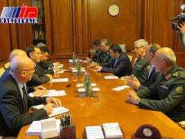 نخست وزیر جمهوری آذربایجان بر توسعه روابط نظامی با ایران تاکید کرد