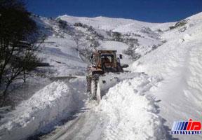 برف و کولاک راه دسترسی ۸۰ روستای شرق مازندران را بست