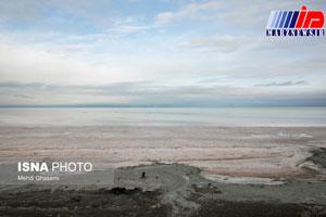 خطر تبدیل شدن دریاچه ارومیه به چشمه گرده نمکی