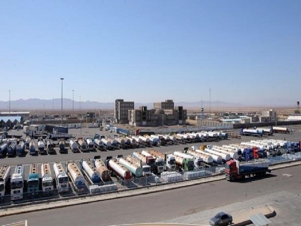 ۷۰۰ کامیون در مرز دوغارون منتظر ورود به افغانستان هستند