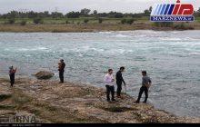 مسافران نوروزی ساحل کارون در گتوند را ترک کنند