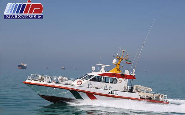 جستجو برای نجات ۴ خدمه لنج غرق شده در خلیج فارس