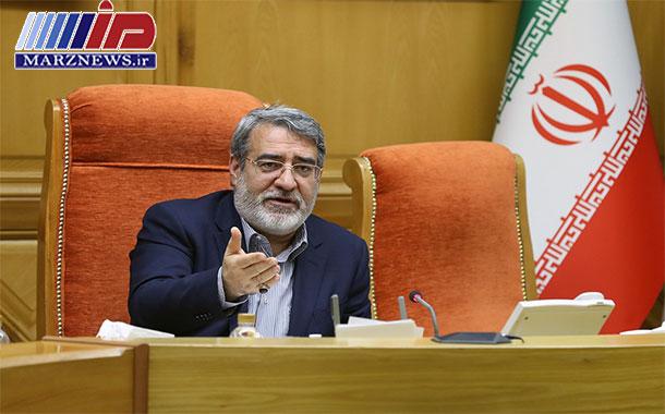 وزیر کشور: هیچ گونه احتکار کالاهای اساسی گزارش نشده است