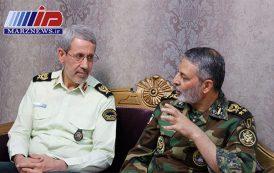هیچ دشمنی جرأت دستاندازی به مرزهای ایران را ندارد