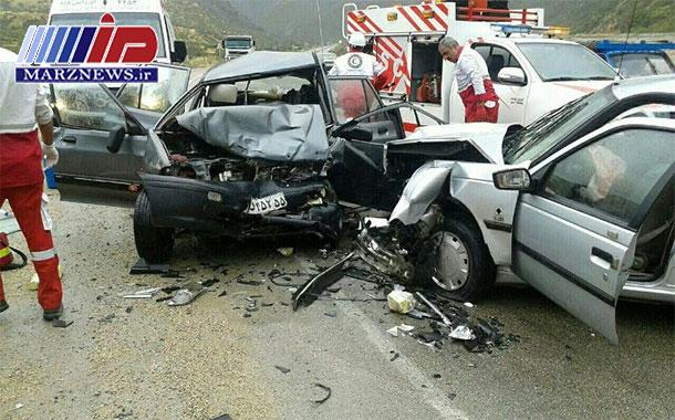 تصادف زنجیرهای در جاده بهشهر ۶ نفر را روانه بیمارستان کرد