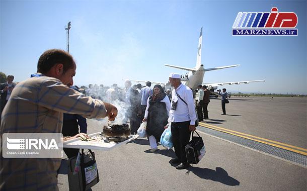 نخستین پرواز بازگشت حجاج سیستان و بلوچستان به زمین نشست