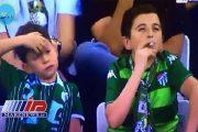 جنجال عجیب سیگار کشیدن هوادار فوتبال ترکیه