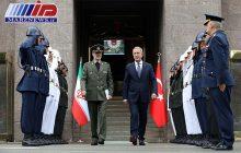 وزیران دفاع ایران و ترکیه در آنکارا دیدار کردند