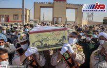 تشییع پیکر شهید گمنام ۱۷ ساله در ستاد مرزبانی خوزستان